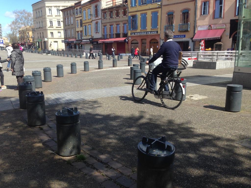 [DESINTOX] Arnaud Bernard : trafic, pots de fleurs et confusion