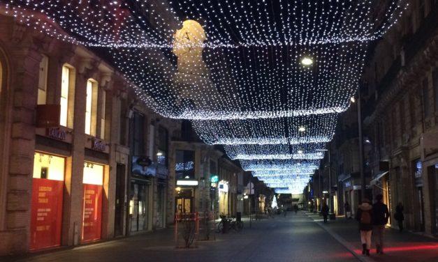 Toulouse : pourquoi les décorations de Noël ne sont pas encore illuminées ?
