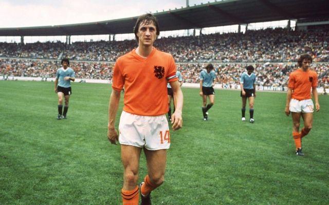 Retro'sport : 24 mars 2016, inconsolable, le football pleurait Johan Cruyff