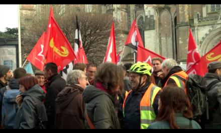 Manifestation à Toulouse : «le 49-3, on n'en veut pas»
