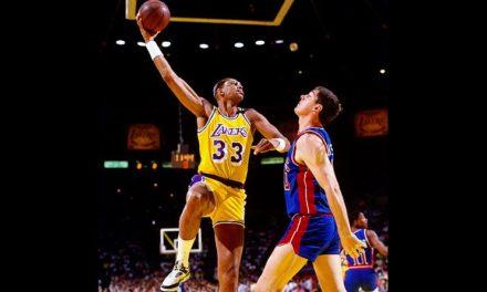 Retro'sport en images : 5 avril 1984, Kareem Abdul-Jabbar sur le trône du Hall of Fame