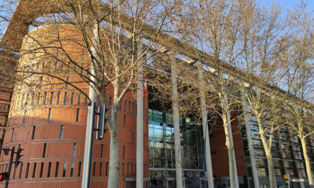 Le procès des handi-militants se retourne contre le tribunal à Toulouse