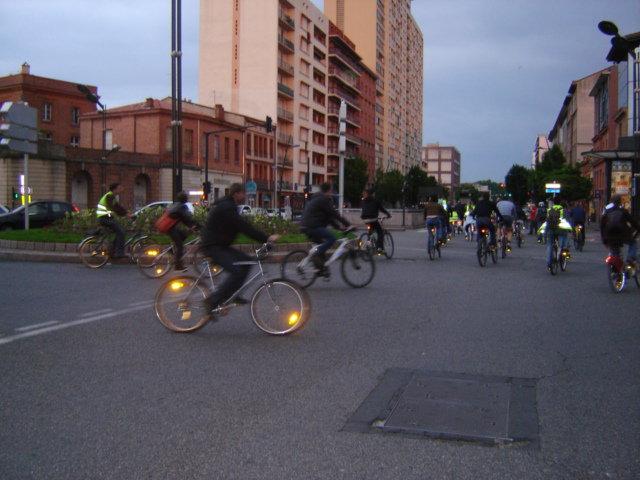 Balades à vélo nocturnes à Toulouse