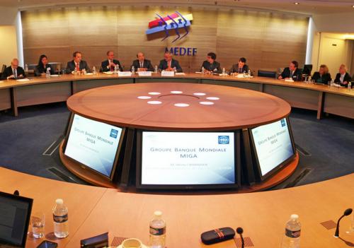 Régionales 2015 : le lobbying du Medef en quatre points